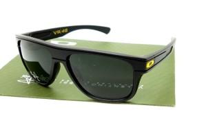 Oakley Breadbox Matte Black VR46 POLARIZED