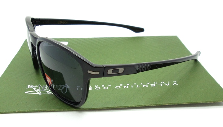 OAKLEY Enduro Polished Black Polarized