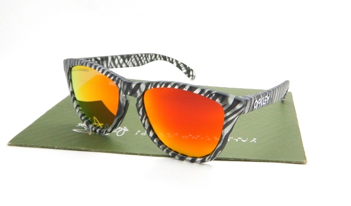 Frogskins Urban Jungle Matte Clear Rubby Iridium