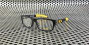 Oakley Muffler Matte Black Yellow
